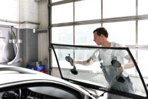 Azienda riparazione vetri auto roma
